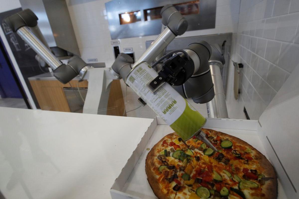 Ekim Pizza Robot