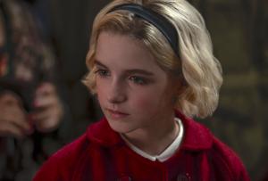 McKenna Grace - Sabrina Spellman - le terrificanti avventure di sabrina