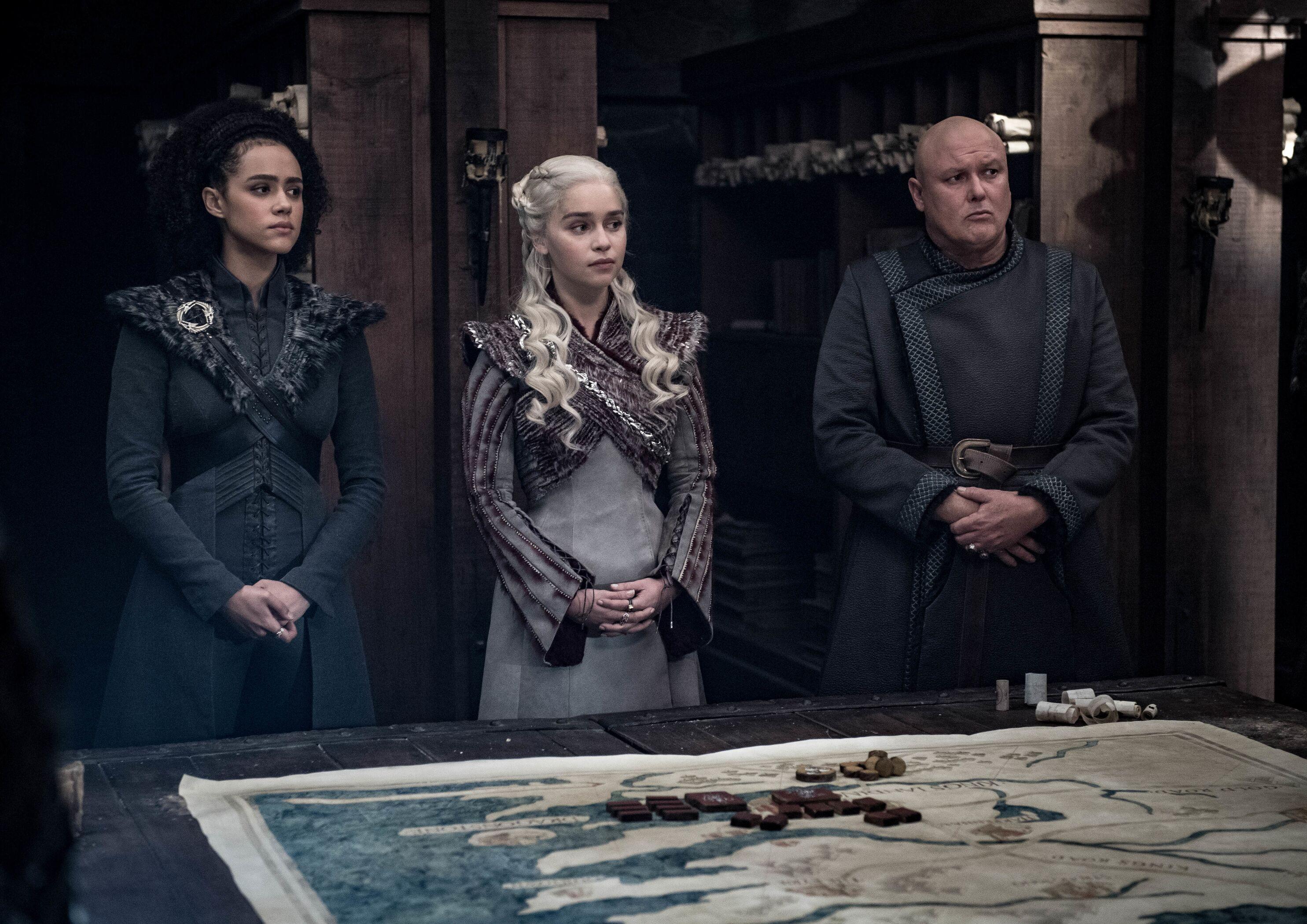 Missandei, Daenerys e Varys