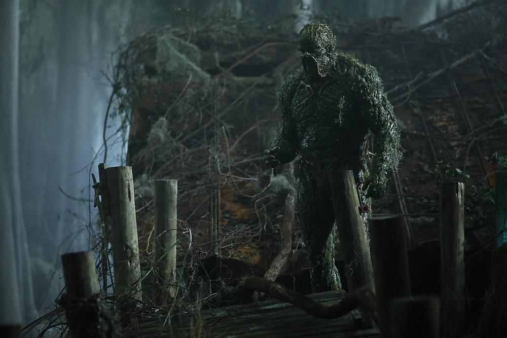"1x02 ""Worlds Apart"" 1x01 ""pilot"" swamp thing dc universe"