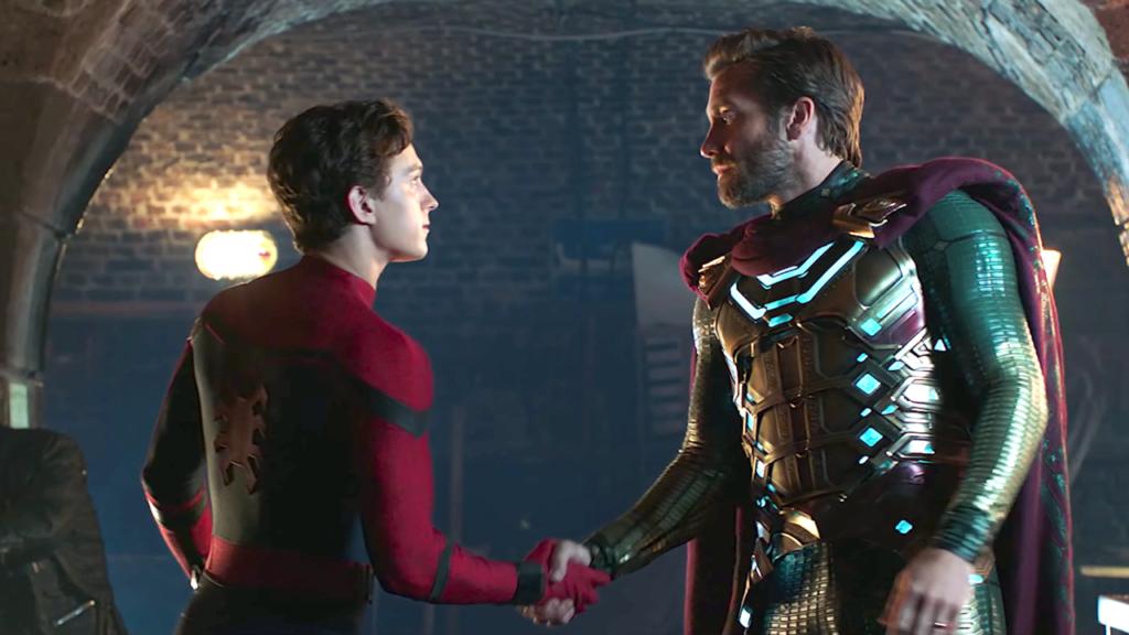 Nick Fury (Samuel L. Jackson), Mysterio (Jake Gyllenhaal)