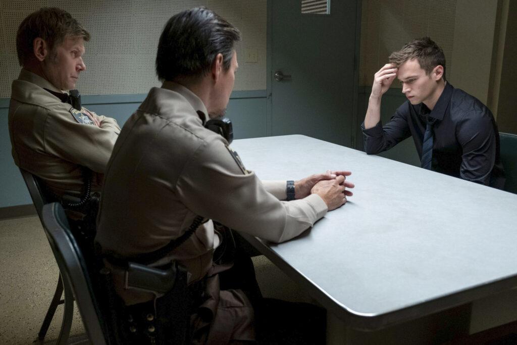 justyn viene interrogato per la morte di bryce