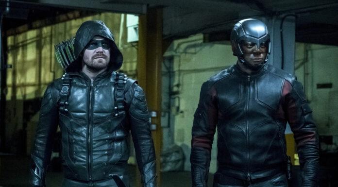 Arrow: John Diggle e Oliver Queen