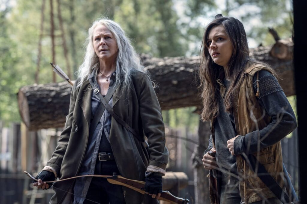Melissa McBride - Carol Peletier, Cassady McClincy - Lydia - The Walking Dead 11