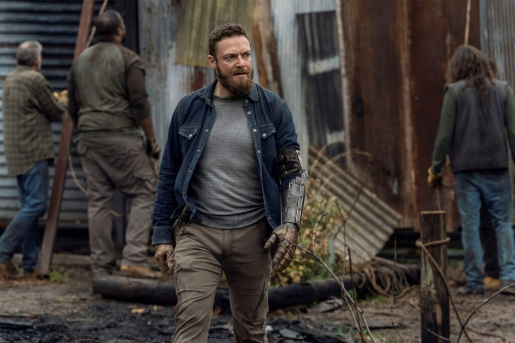 Ross Marquand - Aaron - The Walking Dead 11